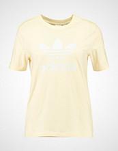 Adidas Originals ADICOLOR TREFOIL TEE Tshirts med print mist sun