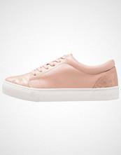 New Look MAILER Joggesko pink