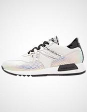 Noclaim SOLE Joggesko bianco/argento