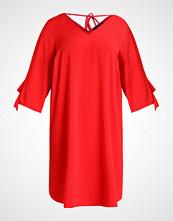 Dorothy Perkins Curve Sommerkjole red