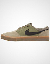 Nike Sb SOLARSOFT PORTMORE II Joggesko medium olive/black/medium brown