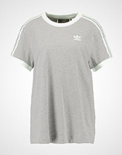 Adidas Originals ADICOLOR THREE STRIPES TEE Tshirts med print medium grey heather