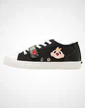 Love Moschino PATCHES CUPSOLE  Joggesko black