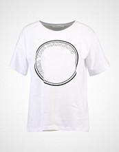 Gestuz RAINBOW Tshirts med print bright white