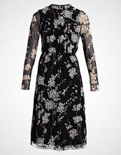 Yas YASHAMILLA NEW DRESS Sommerkjole black/hamilla