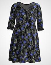 Dorothy Perkins Curve FLORAL 3/4 FIT FLARE Jerseykjole black