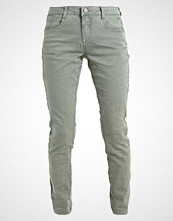 Cream LOTTE Slim fit jeans olive