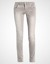 Mavi LINDY Slim fit jeans light grey cheeky