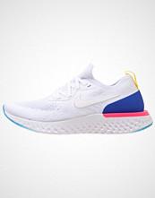 Nike Performance EPIC REACT FLYKNIT Nøytrale løpesko white/racer blue/pink