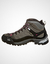 Salewa sort 1