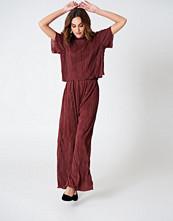 Hannalicious x NA-KD Pleated Pants