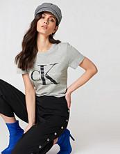 Calvin Klein Shrunken Tee - Vardag