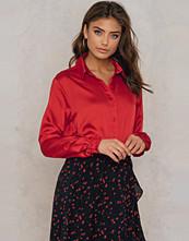 NA-KD Trend Long Sleeve Satin Shirt