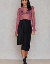 NA-KD Party Asymmetric Pleated Sparkle Skirt