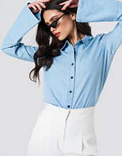 NA-KD Wide Sleeve Denim Shirt blå