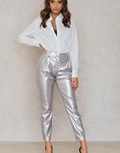 NA-KD Party Silver Pants