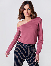 NA-KD Basic One Shoulder Sweater rosa
