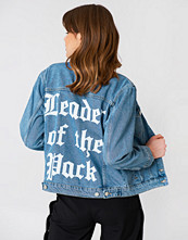 NA-KD Leader Of The Pack Denim Jacket - Jackor