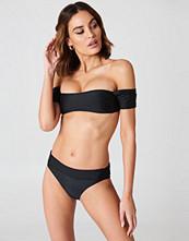Boohoo Salamanca Bardot Bandeau Bikini Set svart