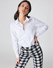 NA-KD Classic Basic Shirt vit