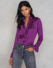 NA-KD Trend Ruffle Satin Shirt
