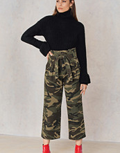 NA-KD Trend Tied Waist Wide Army Pants
