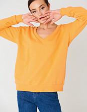 NA-KD Basic V-neck Basic Sweater orange