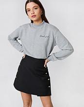 NA-KD Trend Cool Girl Sweatshirt