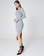 NA-KD Side Cut Knitted Dress