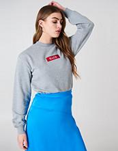 NA-KD Trend NA-KD Logo Sweater