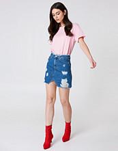 NA-KD Trend Ripped Front Slit Denim Skirt