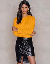 NA-KD Party Asymmetric PU Skirt