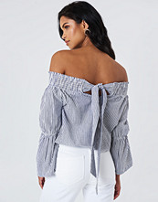 NA-KD Boho Off Shoulder Knot Back Top blå