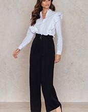 NA-KD Trend Paperbag Waist Wide Pants svart