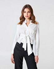 NA-KD Trend Tie Waist Shirt
