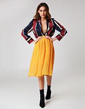NA-KD Trend Pleated Midi Skirt