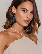 NA-KD Accessories Diamond Tassels Earrings