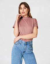 NA-KD High Neck Cap Sleeve Top
