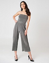 NA-KD Party Glittery Pleated Culottes silver