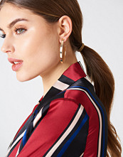 NA-KD Accessories Structured V-Shaped Drop Earrings
