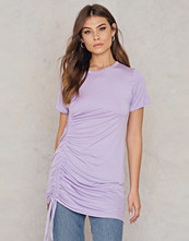 Boohoo Rouched Side T-Shirt Dress lila
