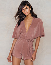 NA-KD Party Pleated Playsuit