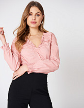 NA-KD Classic Gathered Neckline Top rosa