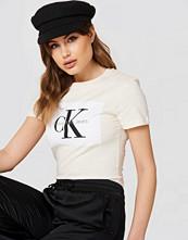 Calvin Klein Tanya 40 Crew Neck Tee