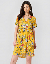 Rut&Circle Eleonor Wrap Dress