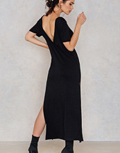 NA-KD Deep Back Ankle Dress svart