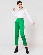 Rut&Circle Ginny Shiny Pant grön
