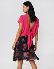 Rut&Circle Back Knot Blouse rosa