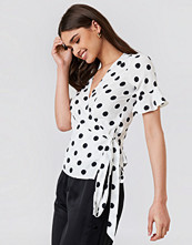 Trendyol Waistband Dot Blouse