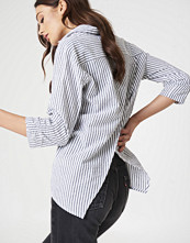 Rut&Circle Ella Back Open Blouse